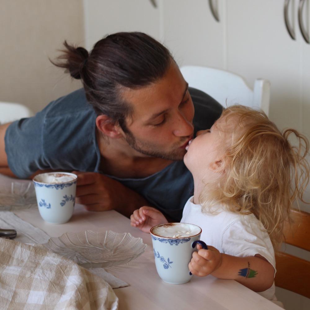 Går det att ha en lycklig relation under småbarnsåren?